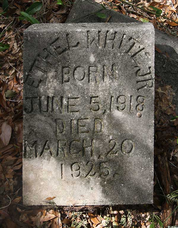 Ethel White Gravestone Photo
