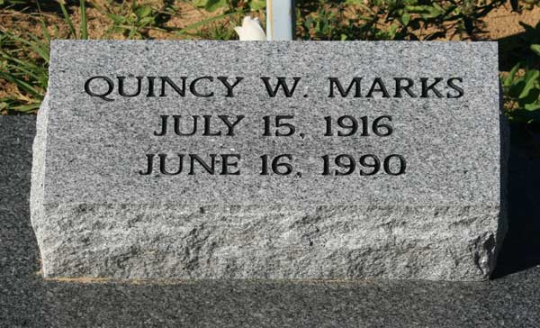 QUINCY W. MARKS Gravestone Photo