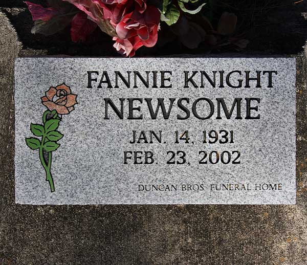 Fannie Knight Newsome Gravestone Photo