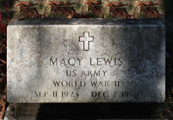 Macy Lewis Gravestone Photo