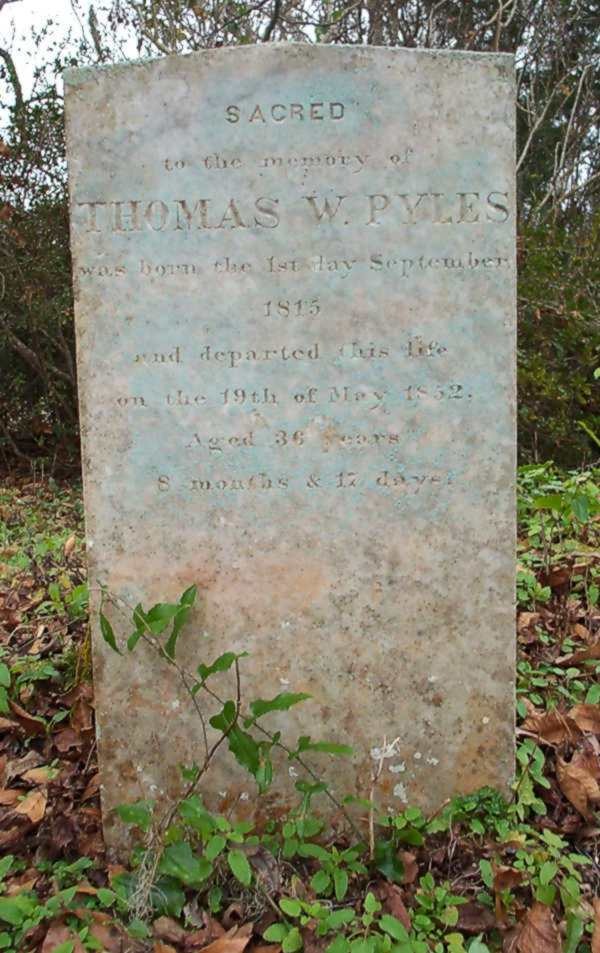 Thomas W. Pyles Gravestone Photo