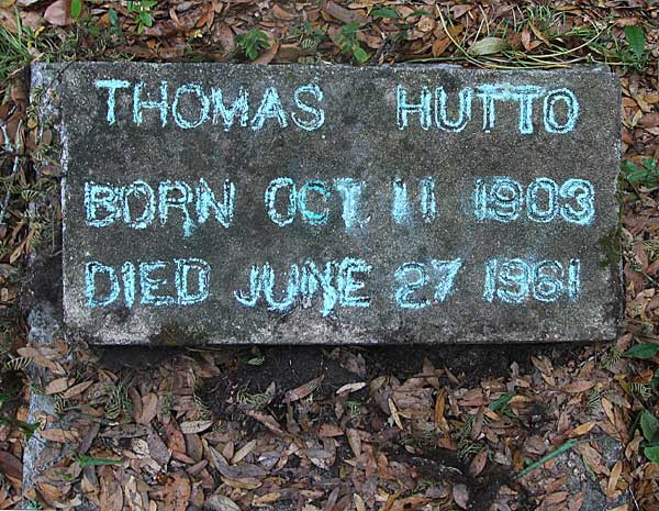 Thomas Hutto Gravestone Photo