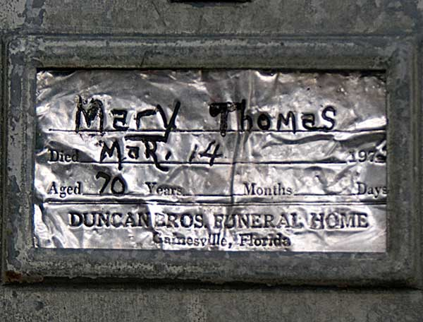 Mary Thomas Gravestone Photo