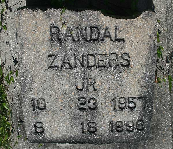 Randal Zanders Gravestone Photo