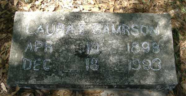 Laura E. Samrson Gravestone Photo