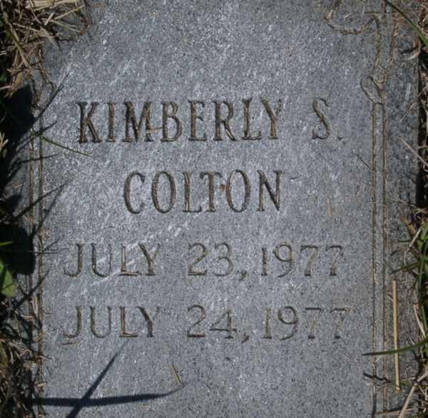 Kimberly S. Colton Gravestone Photo