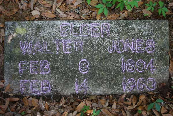 Walter Jones Gravestone Photo
