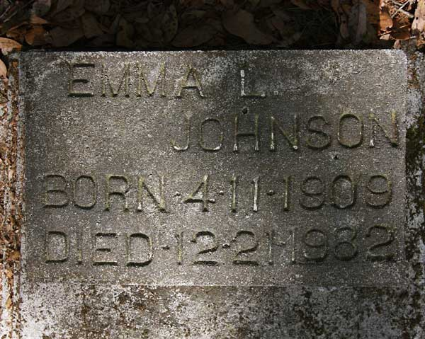 Emma L. Johnson Gravestone Photo