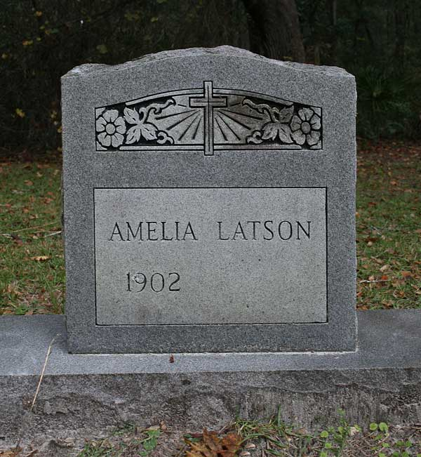 Amelia Latson Gravestone Photo