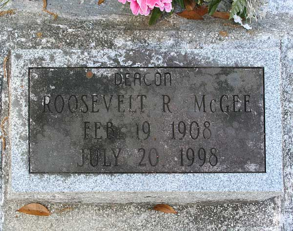 Roosevelt R. McGee Gravestone Photo