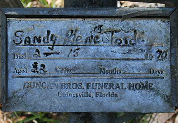 Sandy Gene Ford Gravestone Photo