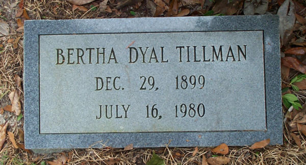 Bertha Dyal Tillman Gravestone Photo