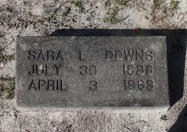 Sara L. Downs Gravestone Photo
