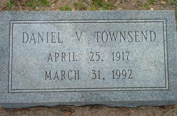 Daniel V. Townsend Gravestone Photo