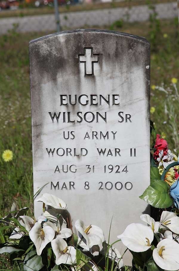 Eugene Wilson Gravestone Photo