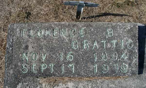 Florence B. Grattic Gravestone Photo