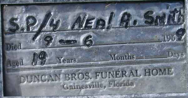 Neal A. Smith Gravestone Photo